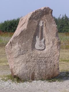 Jimi_Hendrix_memorial_P7230128